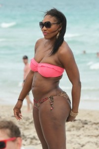 bikini-babes-blunders-serena-williams